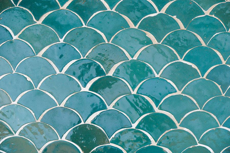 Azulejos en forma de escamas